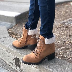 Tan Fur Combat Military heeled boots
